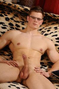 Tomas_kralik_whiggins_03