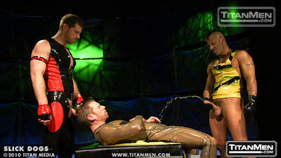 Slick_dogs_titanmen_06
