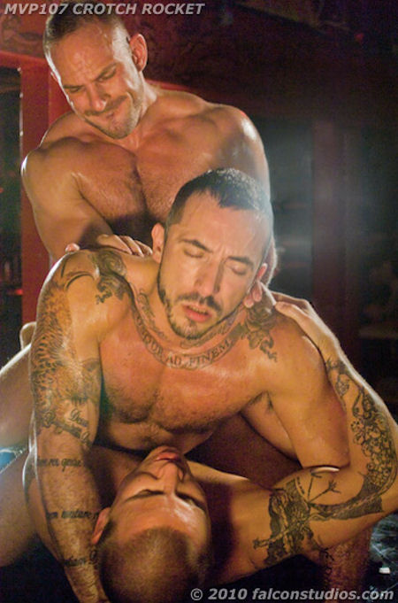 Double_penetration_alessio_002