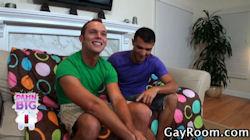 Devin_adams_gayroom_01