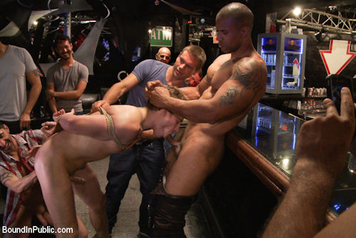 Robert_axel_top_boundinpublic_01