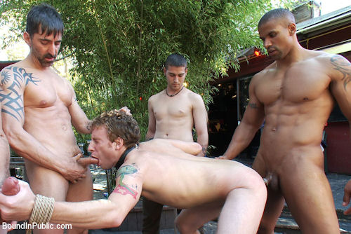 Robert_axel_top_boundinpublic_02