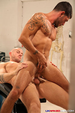 Johnny_hazzard_harley_everett_04