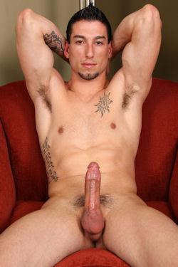 Travis_rider_aka_dominic_reed_casey_04