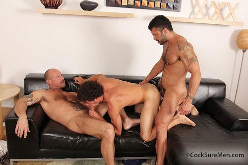 Austin_merrick_threesome_01