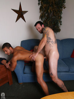 Johnny_glycerin_baitbuddies_02