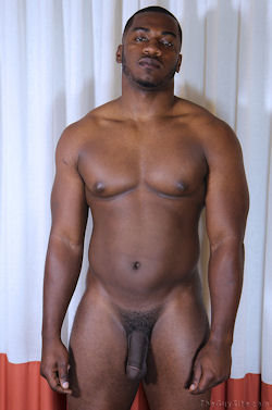 Terrance_aka_anthony_theguysite_straightfraternity_02