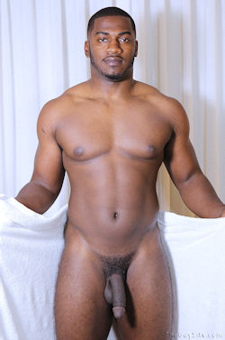 Terrance_aka_anthony_theguysite_straightfraternity_04