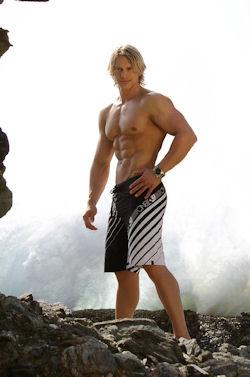 Bodybuilder_brady_jansen_03