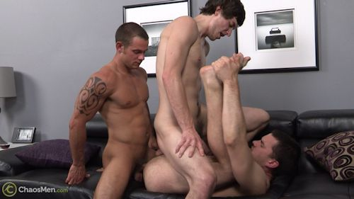 Threesome_chaosmen_02