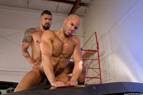 Firsttimebottom_boomer_banks_04