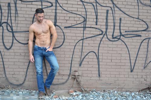 Model_stanley_seancody_06