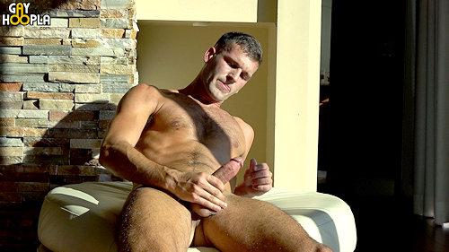 Newguy_gayhoopla_MathieuSire_02