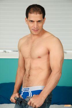 Jorgefusco_aka_juanlopez_aka_adam_04