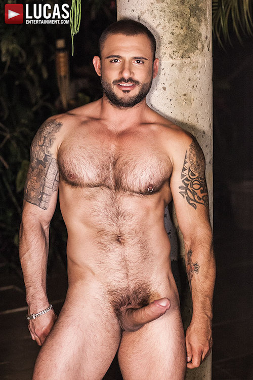 Biggercock_pedroandreas_or_draeaxtell_01