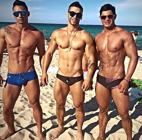 Thennow_ari_seancody_bodybuilder_05