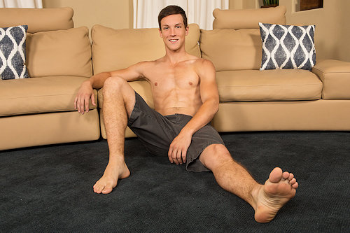 Thebottomin_cole_seancody_01