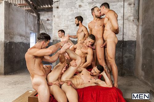Orgy_men_09