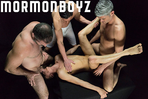 Cumshot_withstraw_mormonboyz_04