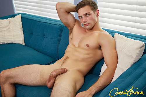 Favoritenewguy_corbinfisher_oct2017_02