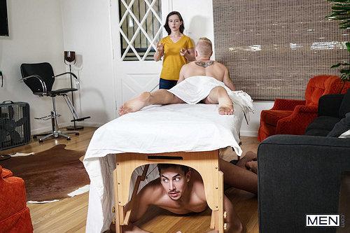 Women_at_men_nowat_realitydudes_02