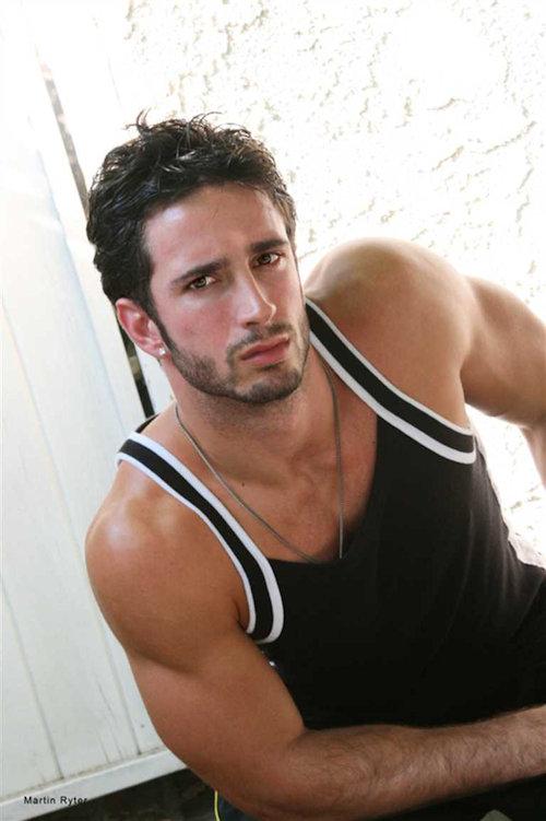 Fratmen_ricky_model_bodybuilder_03