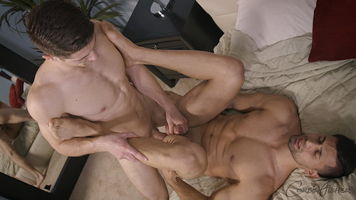 Firstime_bottom_nicholas_01