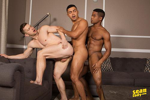 Threesome_deacon_asher_landon_01