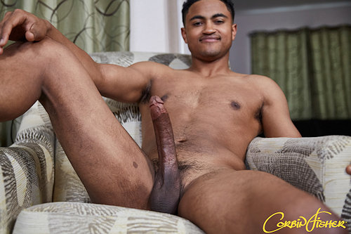 Newguy_corbinfisher_kingston_02