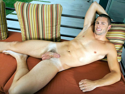 Ashtaylor_randyblue_01