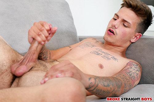 Newguy_brokestraightboys_jakespencer_02