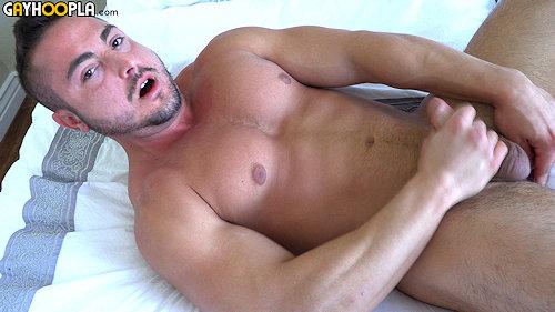 Newguy_gayhoopla_georgegomez_02