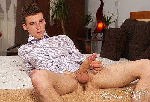 Newbies_williamhiggins_AdamMojzisek_01