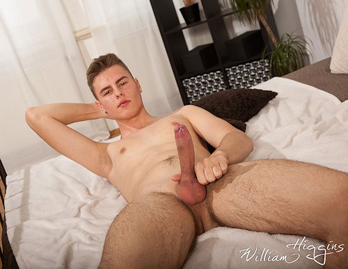 Newbies_williamhiggins_OndraLichan_02